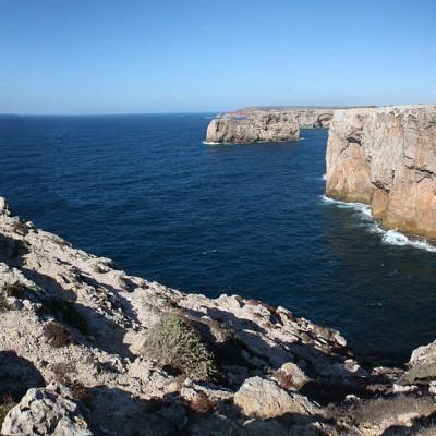 Steilküste bei Sagres, dem südwestlichsten Punkt Europas, Cabo de São Vicente